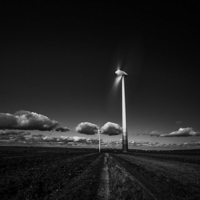Helmut Hess - Windmill @ work, https://flic.kr/p/hAbgmK
