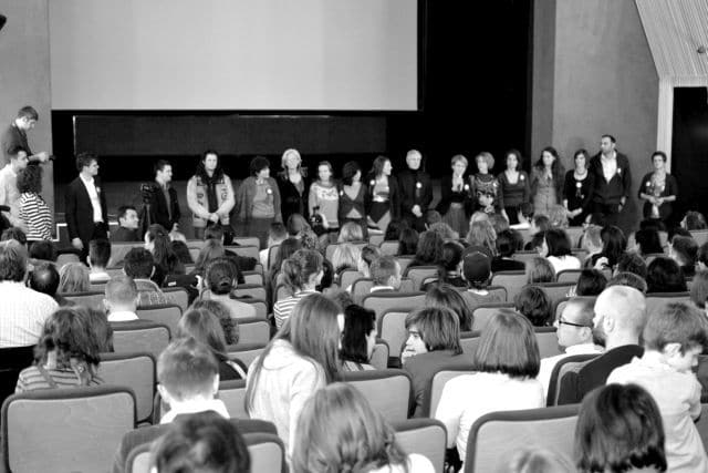 !Lansare film documentar Ba se poate 1112 - mica