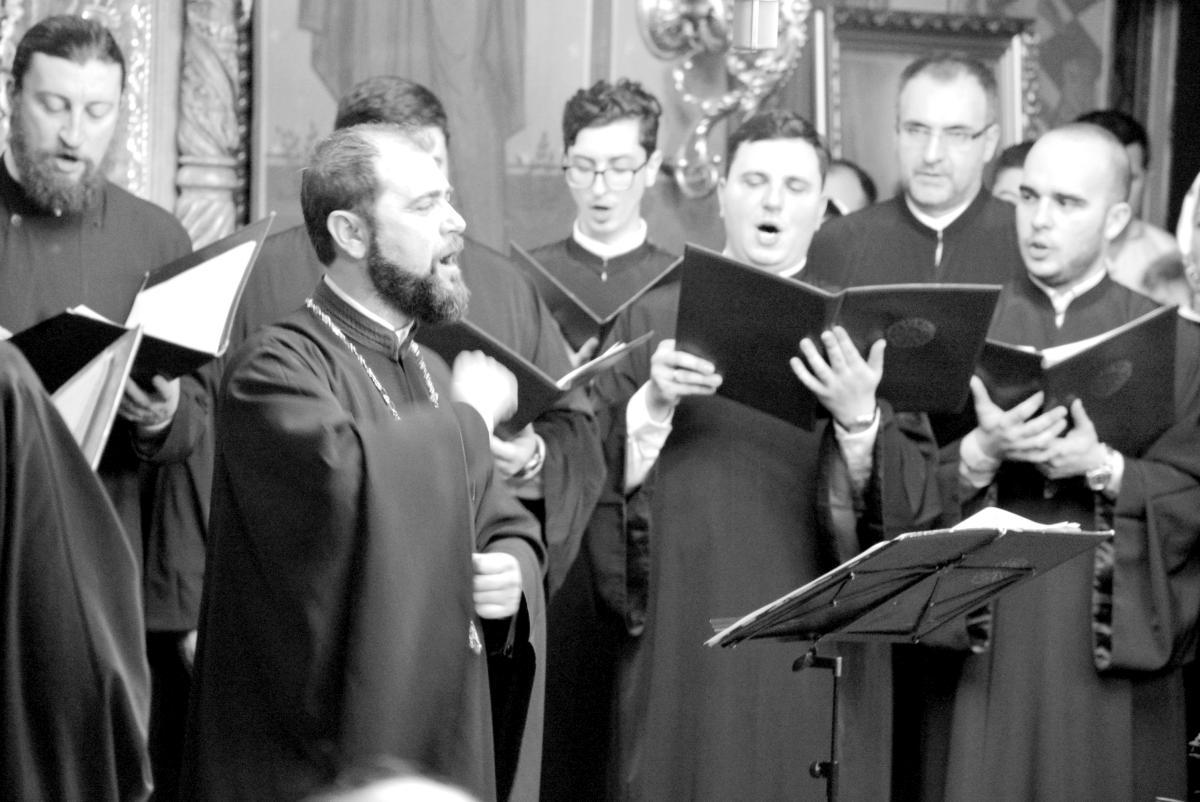 Concert de colinde - Asociatia Traditia Romaneasca si Grupul psaltic Tronos