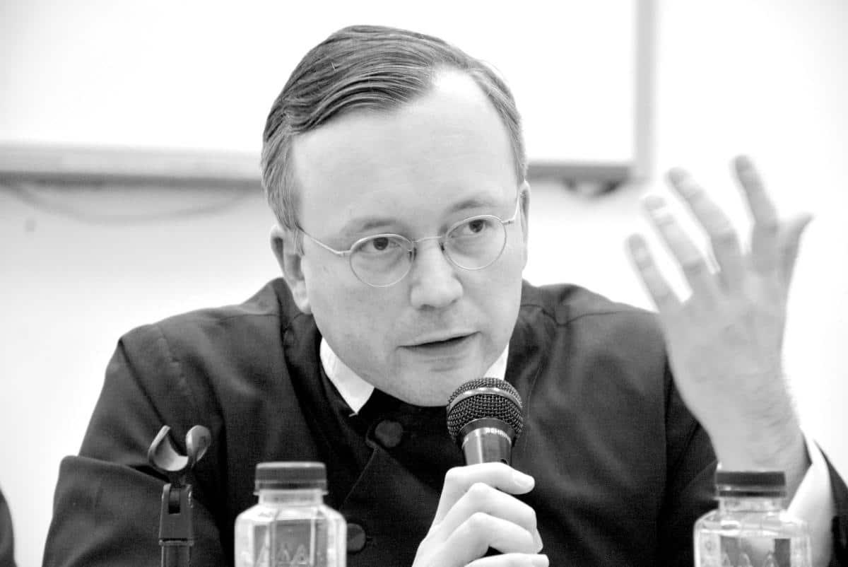 Pr. Uwe-Michael Lang