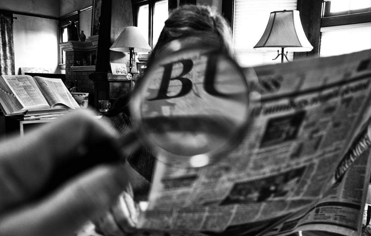 Miguel Tejada-Flores - newspaper