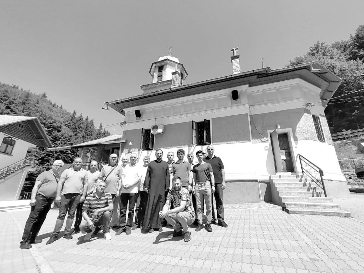 Pelerinaj la Mănăstirea Frăsinei (județul Vâlcea) și Mănăstirea Bascovele (județul Argeș)