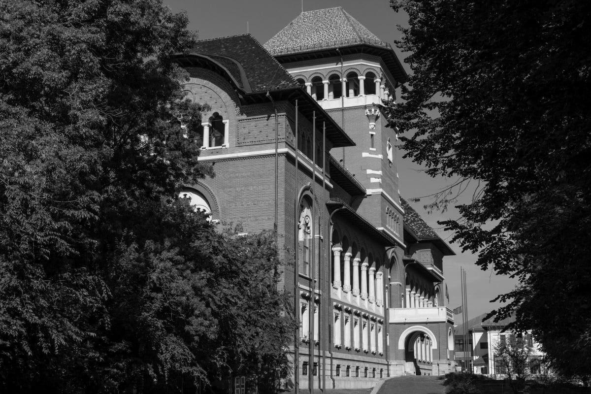 Clădirea Muzeului Național al Țăranului Român