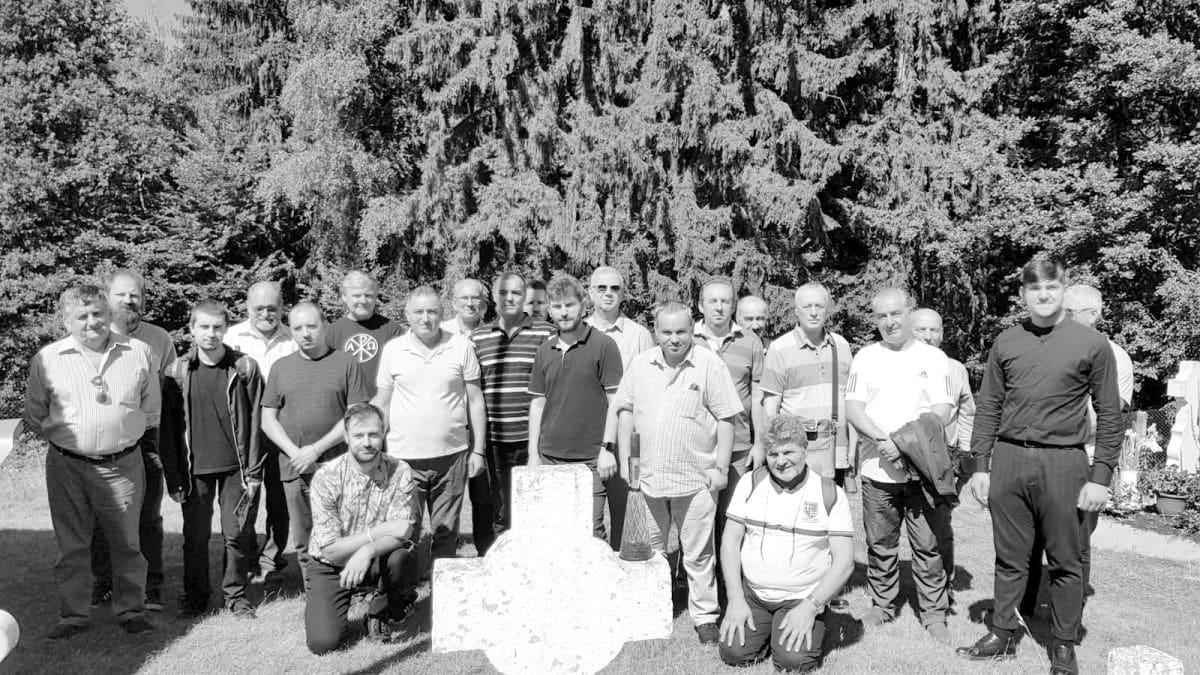 Pelerinaj la Mănăstirea Frăsinei (județul Vâlcea)